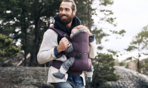 babybjorn-babycarrier-one-woods-04-1